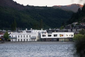 Eichardts-queenstown-exterior-2